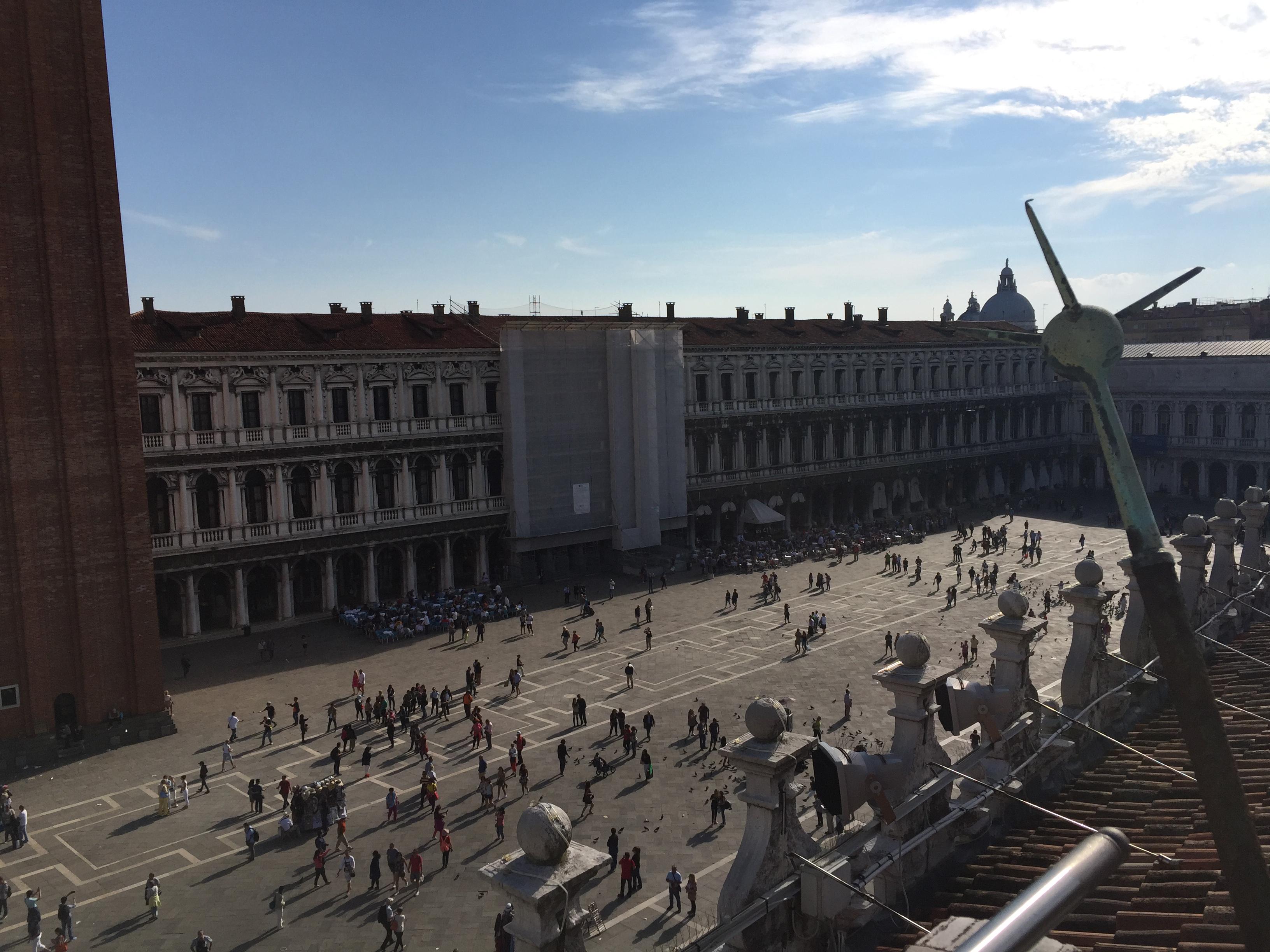 img 1570 - Subiendo al reloj astronómico de Venecia y Panoramica de la Piazza San Marcos