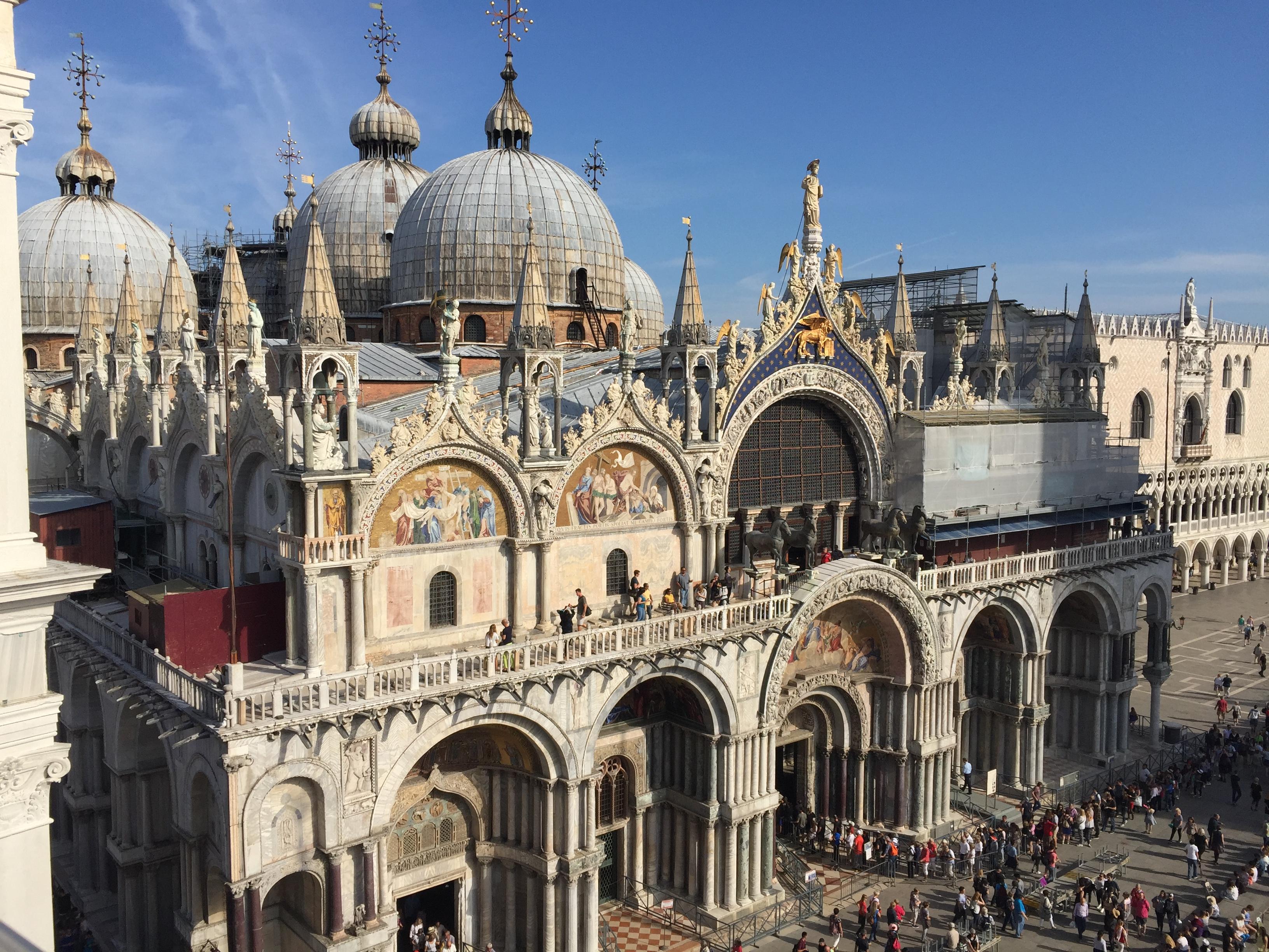 img 1572 - Subiendo al reloj astronómico de Venecia y Panoramica de la Piazza San Marcos