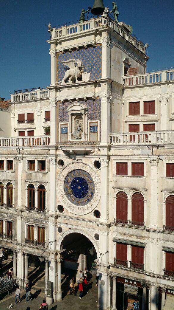img 1618 - Subiendo al reloj astronómico de Venecia y Panoramica de la Piazza San Marcos