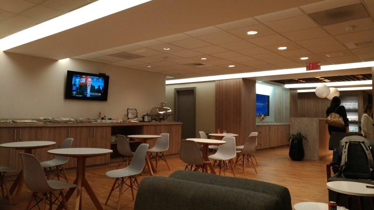 img 8251 - El Salon VIP de LATAM, Iberia y British en el aeropuerto de Ciudad de México